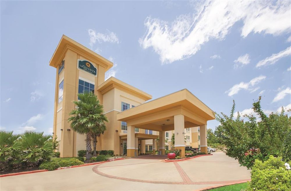 La Quinta Inn & Suites Jacksonville: 1902 South Jackson St, Jacksonville, TX