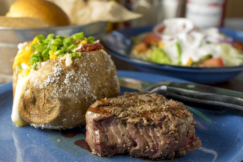 Hoffbrau Steak & Grill House: 315 E Hwy 377, Granbury, TX