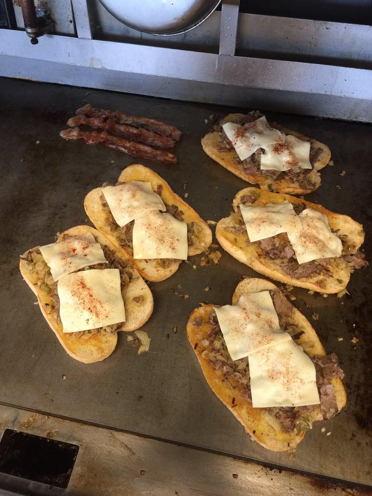 John's Waffle and Pancake House: 424 Independence Ave, Kennett, MO
