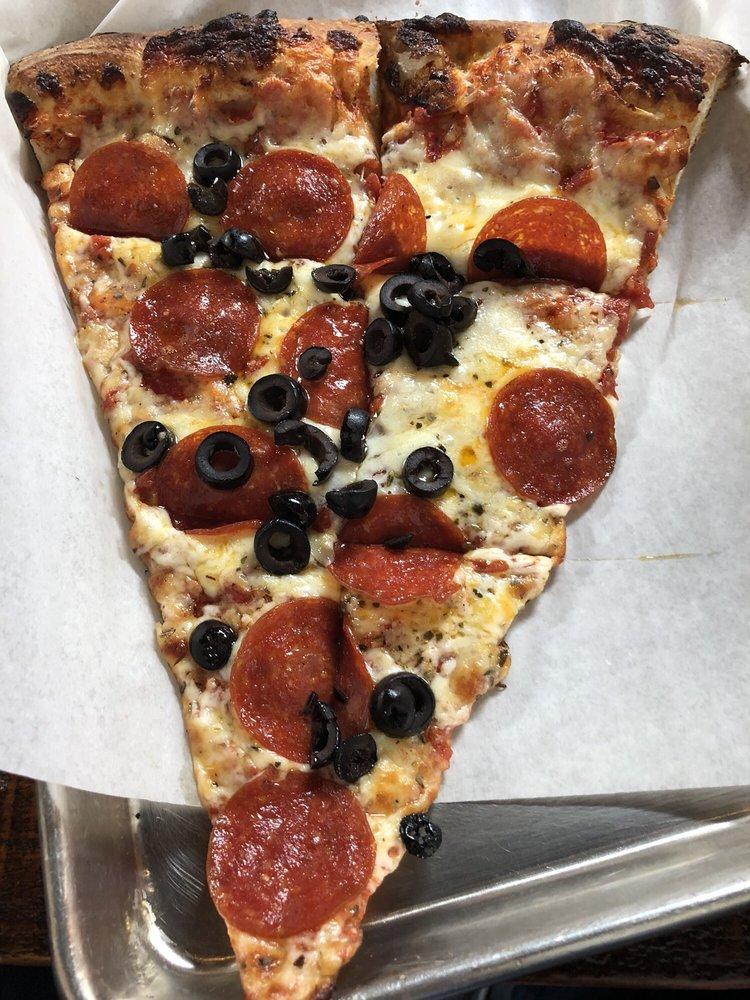 Papa Keno's Pizzeria & Bar