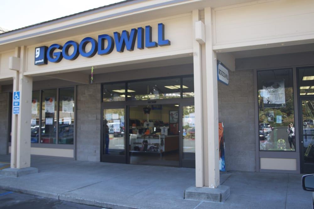 Goodwill: 823 Southhampton Rd, Benicia, CA