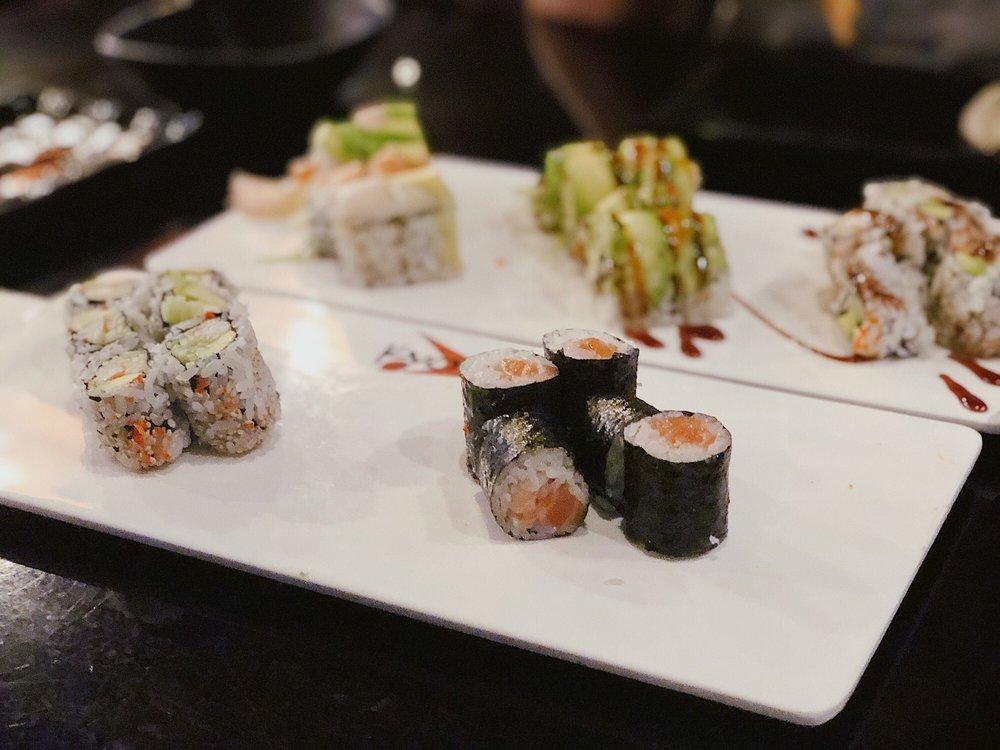 Kyoto Sushi: 2100 Snelling Ave N, Roseville, MN