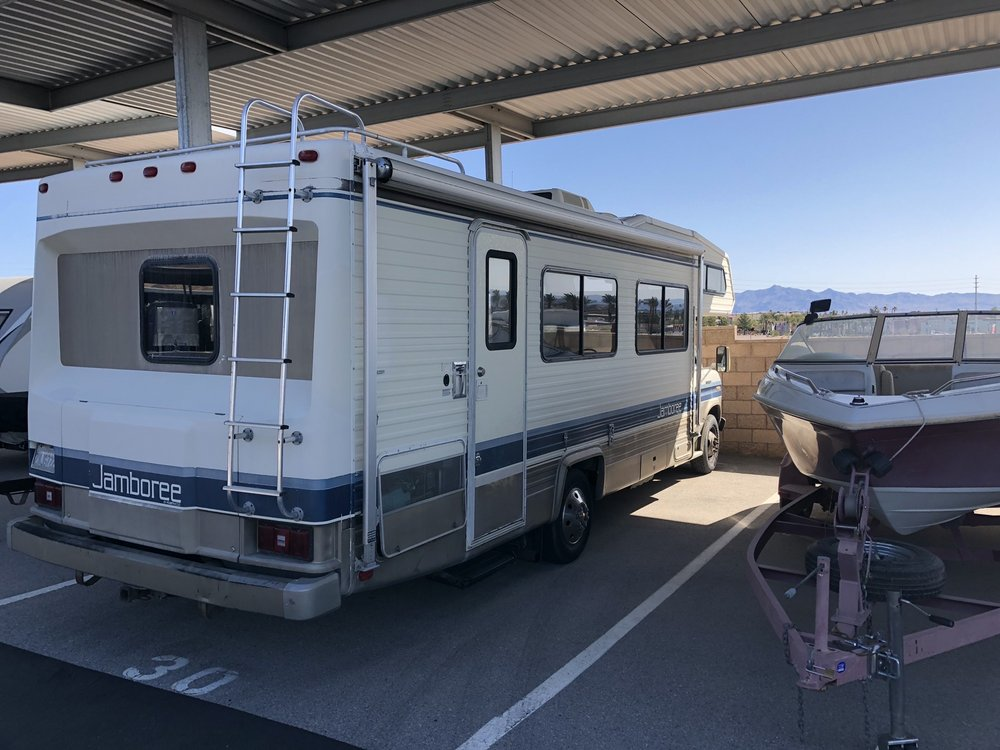 Storage Plus: 1553 Foothill Dr, Boulder City, NV
