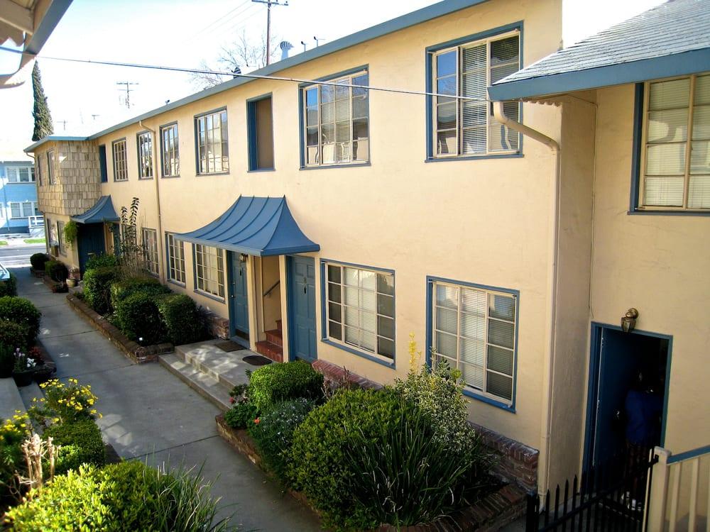 Kenwood Apartments