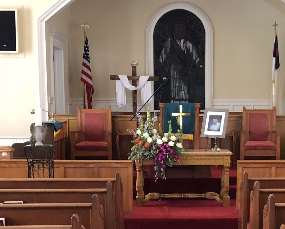 Jo-Lyn Florist: 1093 N Main St, Blakely, GA