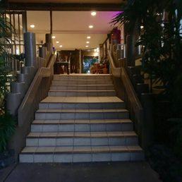 photo of kitchen 5315 lahaina hi united states entrance