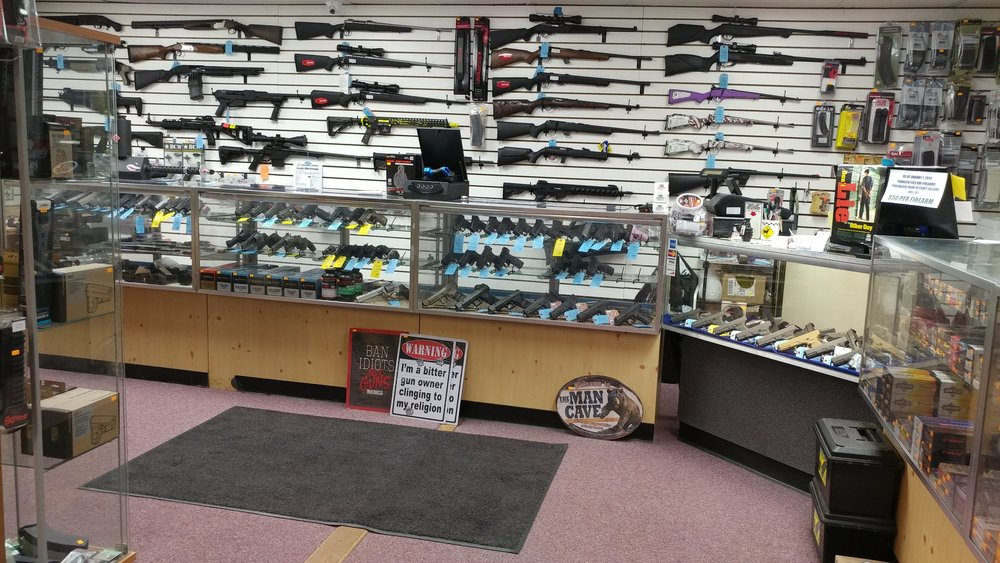 Pocono Mountain Firearms: 2551 Route 611, Scotrun, PA
