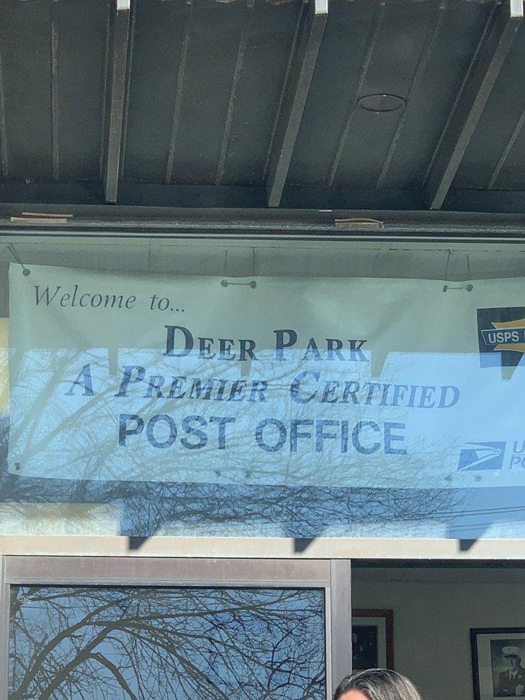 US Post Office: 375 Carlls Path, Deer Park, NY