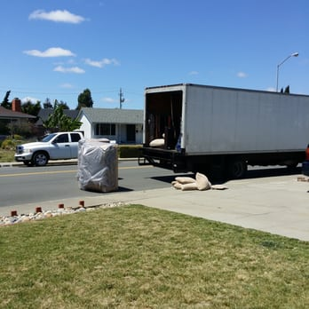 Photo Of Ramos Furniture   Fremont, CA, United States. Thatu0027s How They  Unload