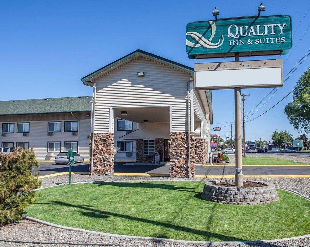 Quality Inn & Suites Toppenish - Yakima Valley: 511 S Elm St, Toppenish, WA