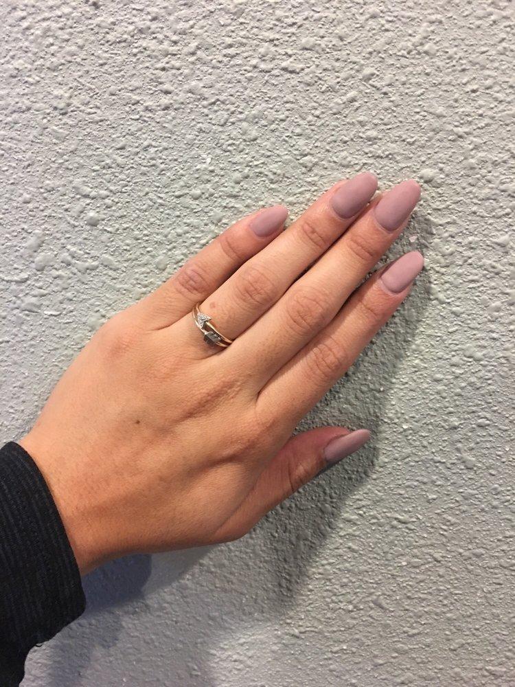Matte almond shaped nails - Yelp
