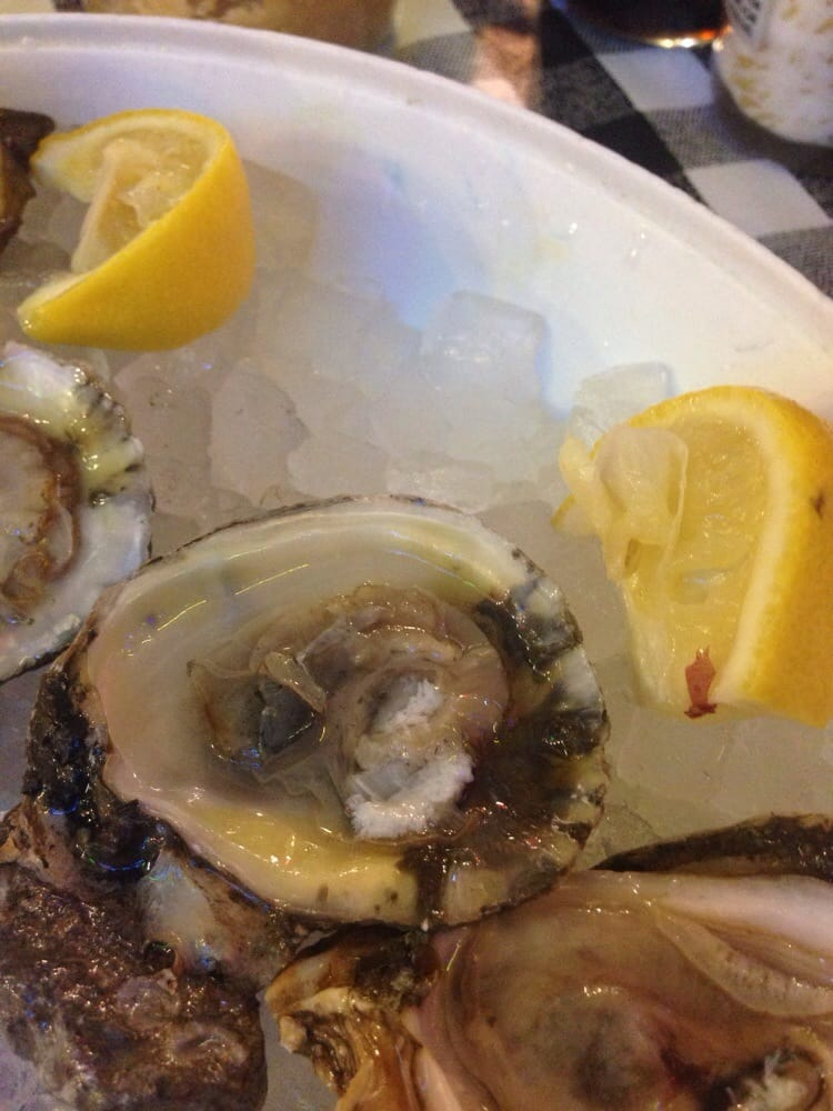 Small yelp for Flying fish fort worth