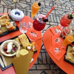 Bar Aperol - Cafes - Piazza Cordusio, Centro Storico, Milan, Italy ...