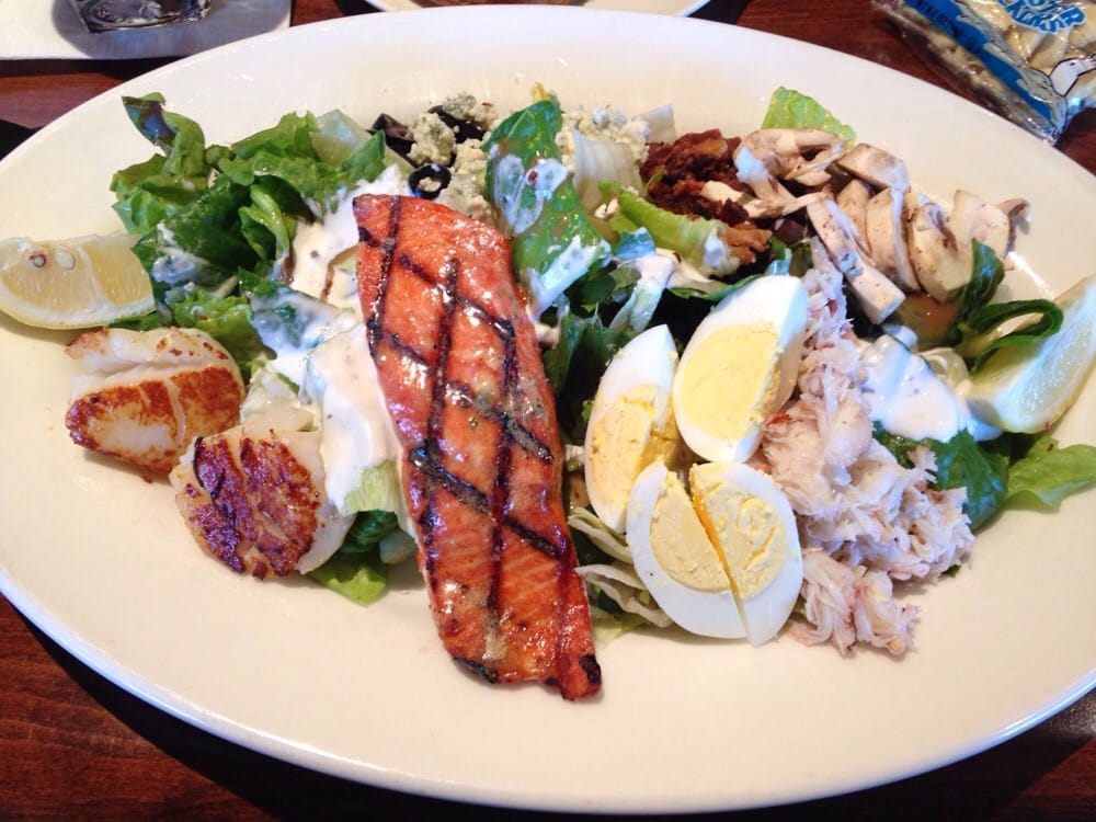 Their cob salad yelp for Big fish woodinville