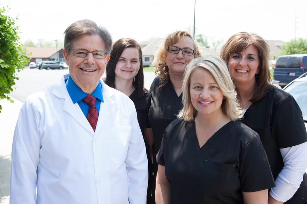Andrew Dine, DDS: 1251 Nilles Rd, Fairfield, OH