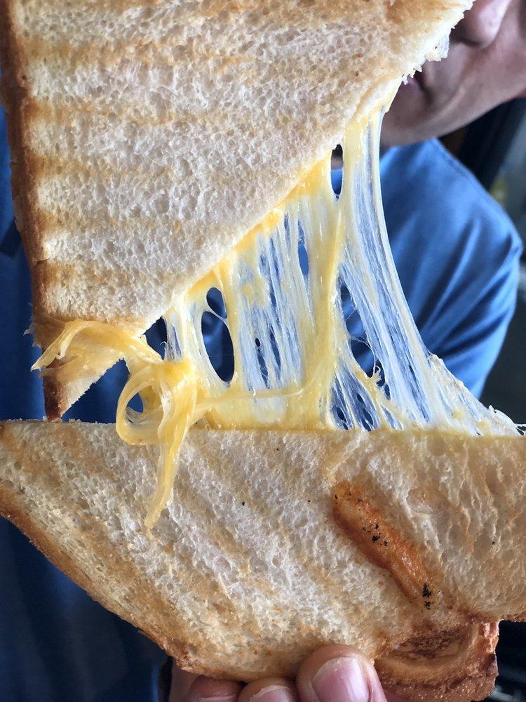 Oliver's Sandwiches: 900 Meridian Ave E, Milton, WA