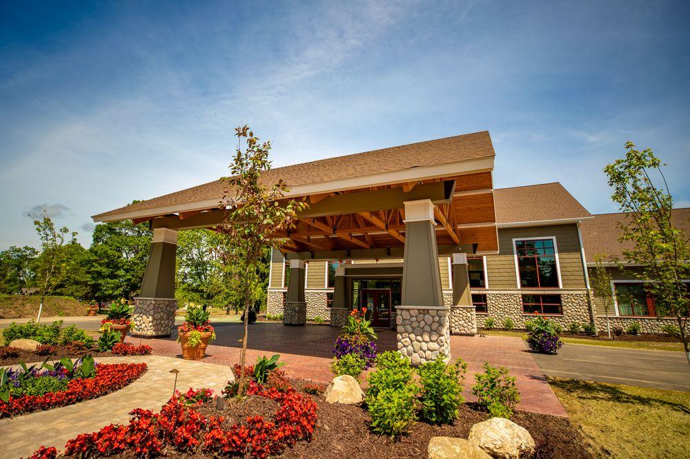 Grand View Lodge: 23521 Nokomis Ave, Nisswa, MN