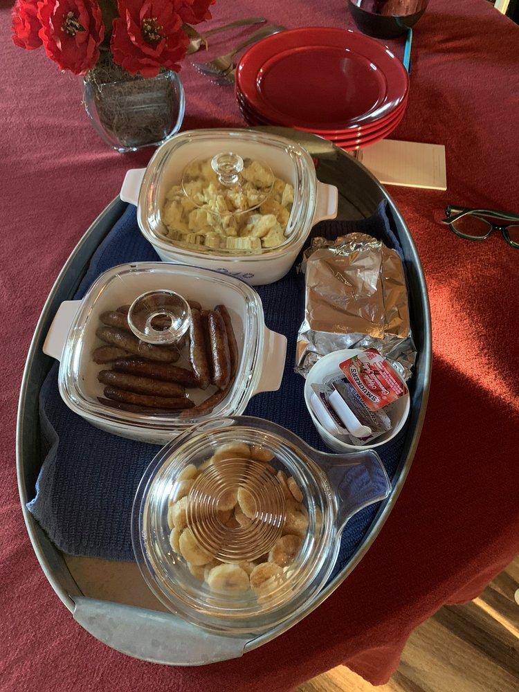 Country Barn Loft Bed & Breakfast: 19065 280th Ave, WaKeeney, KS