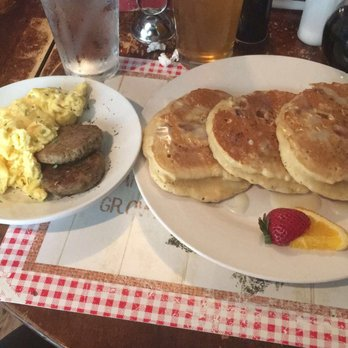 The Garden Brunch Cafe 387 Photos 527 Reviews American Traditional 924 Jefferson St