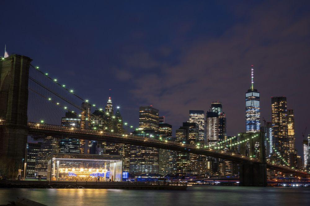 Social Spots from Brooklyn Bridge Park