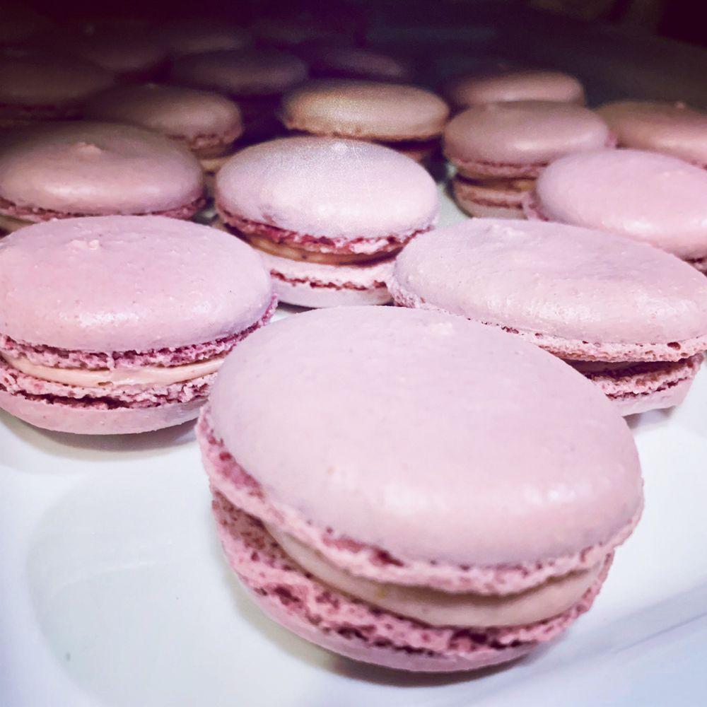 Violettes Bakery The Patisserie: 900 Main St, Clarkdale, AZ