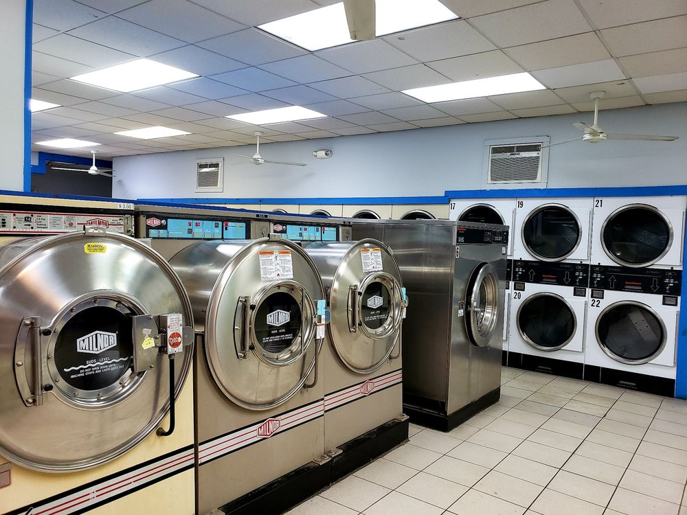 Haverhill Laundry Center: 58 Hilldale Ave, Haverhill, MA