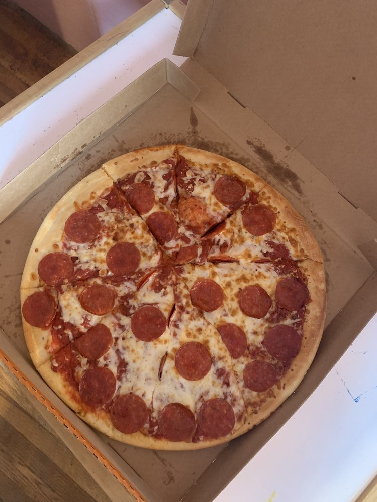 Little Caesars Pizza: 524 Bear Mountain Blvd, Arvin, CA