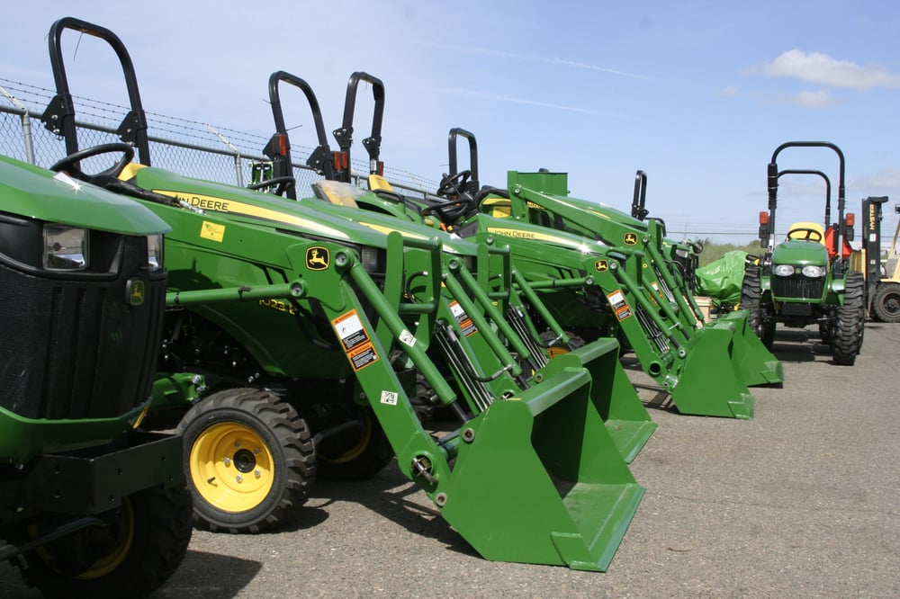Tractor Dealer Elk Grove Ca >> Established in 1948, Valley Truck and Tractor Company is the Sacramento Valley's premier John ...