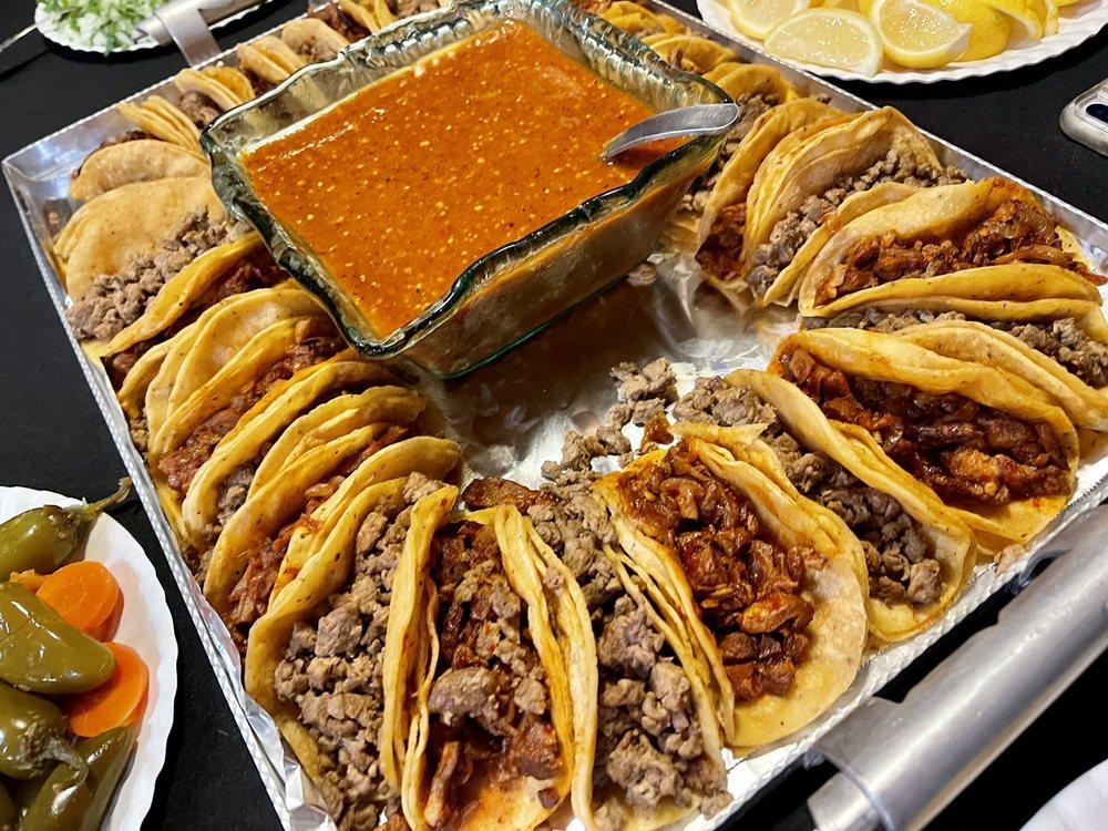 Tacos La Hidalguense: 806 Montpelier Rd, Hickman, CA