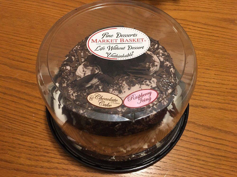 Confectionism: 2 Evergreen Ln, Hopedale, MA