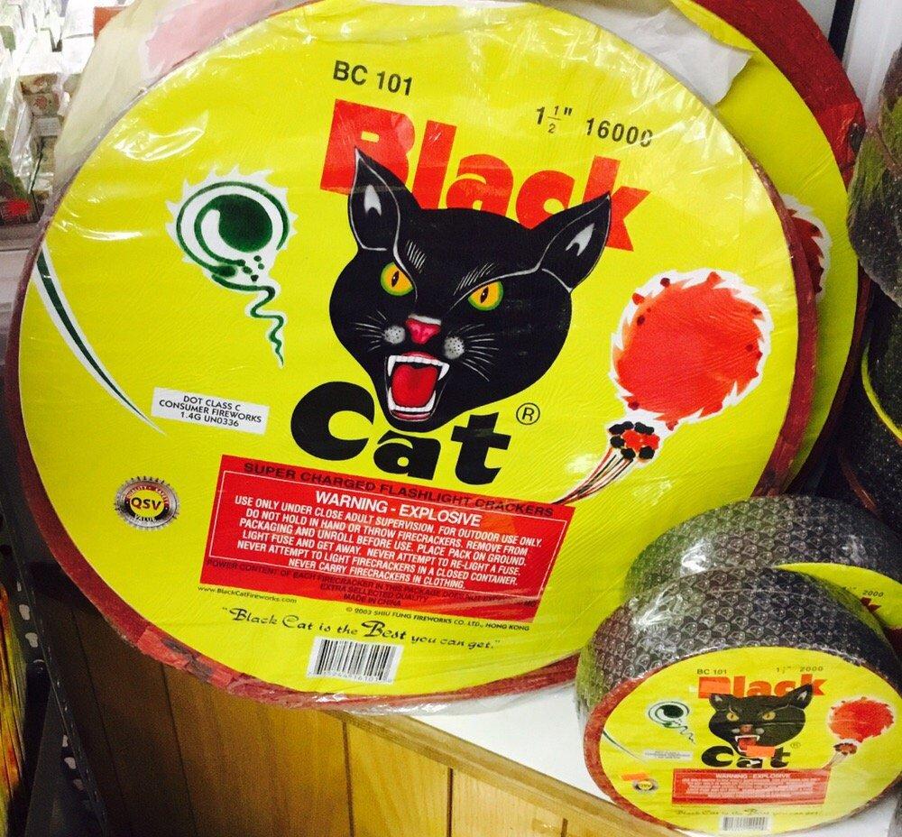 Black Cat Roll Firecrackers