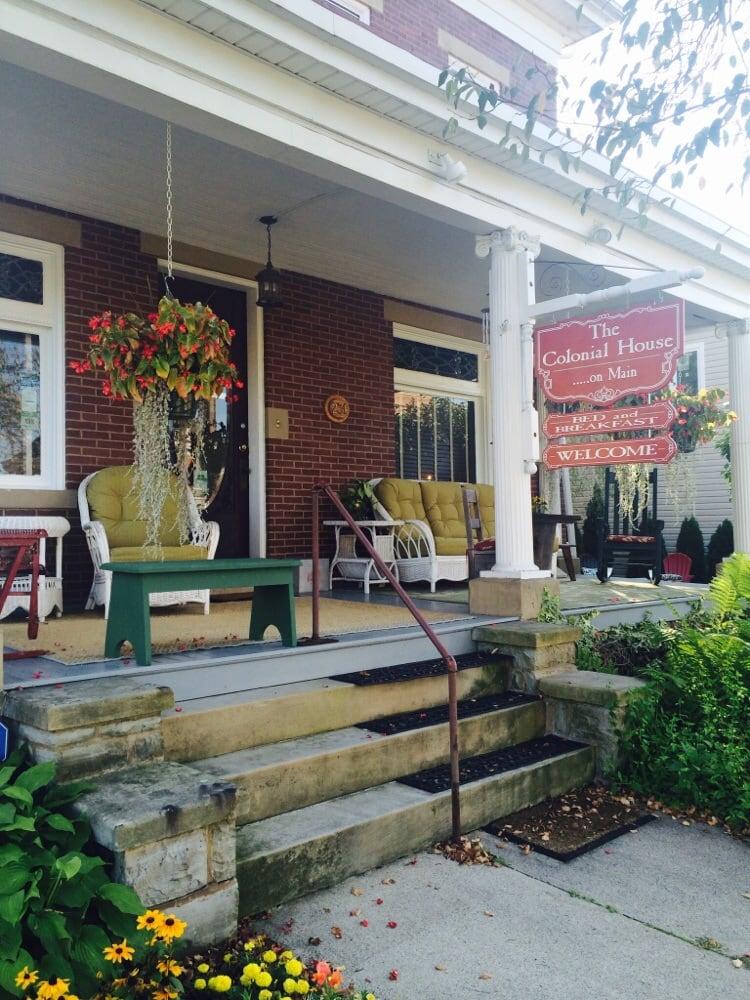 Colonial House On Main: 231 W Main St, Ligonier, PA