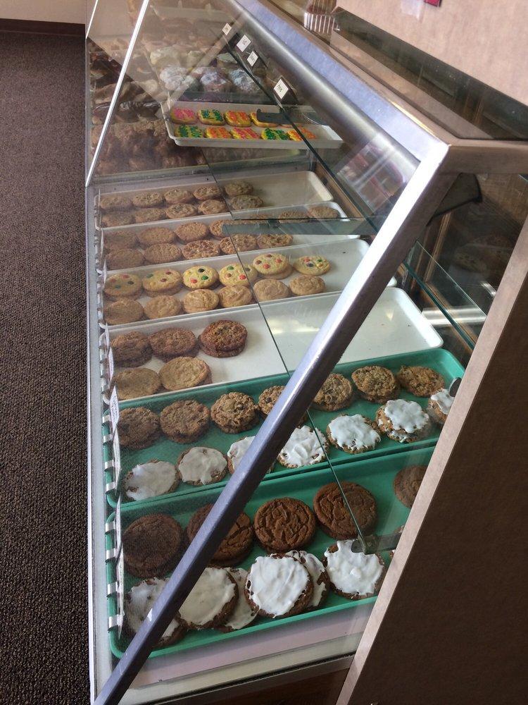 Mora Bakery: 19 Union St N, Mora, MN