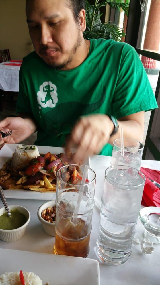 El Rico Pollo: 2013 Diners Ct, San Bernardino, CA