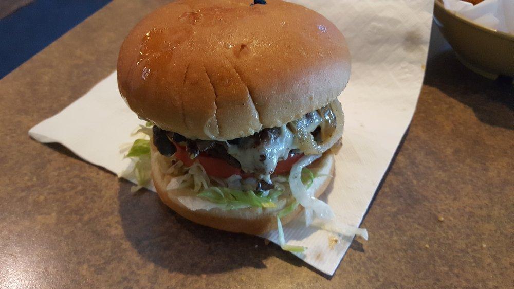 Stella's Hamburgers: 106 Galvin Rd S, Bellevue, NE