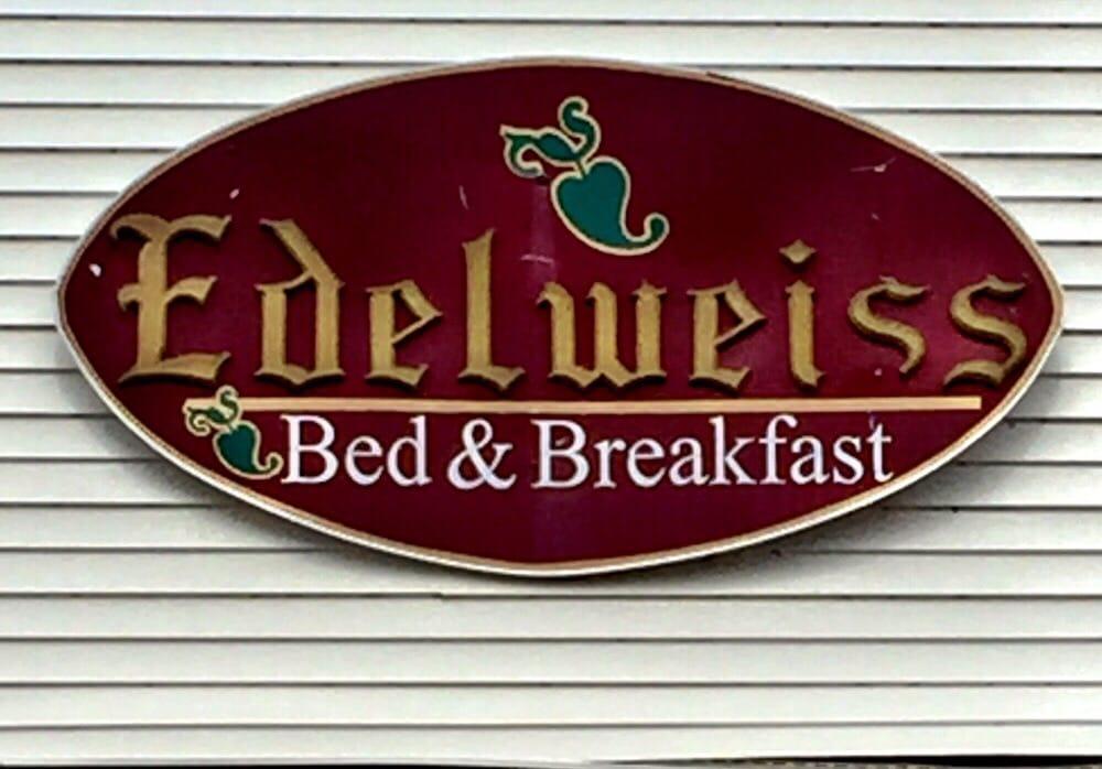 Edelweiss Guest House: 5567 Walnut St, Augusta, MO