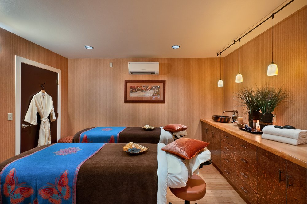 Elements by the Sea Spa: 1400 S Hemlock, Cannon Beach, OR