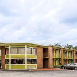 Photo Of Econo Lodge Whiteville Nc United States