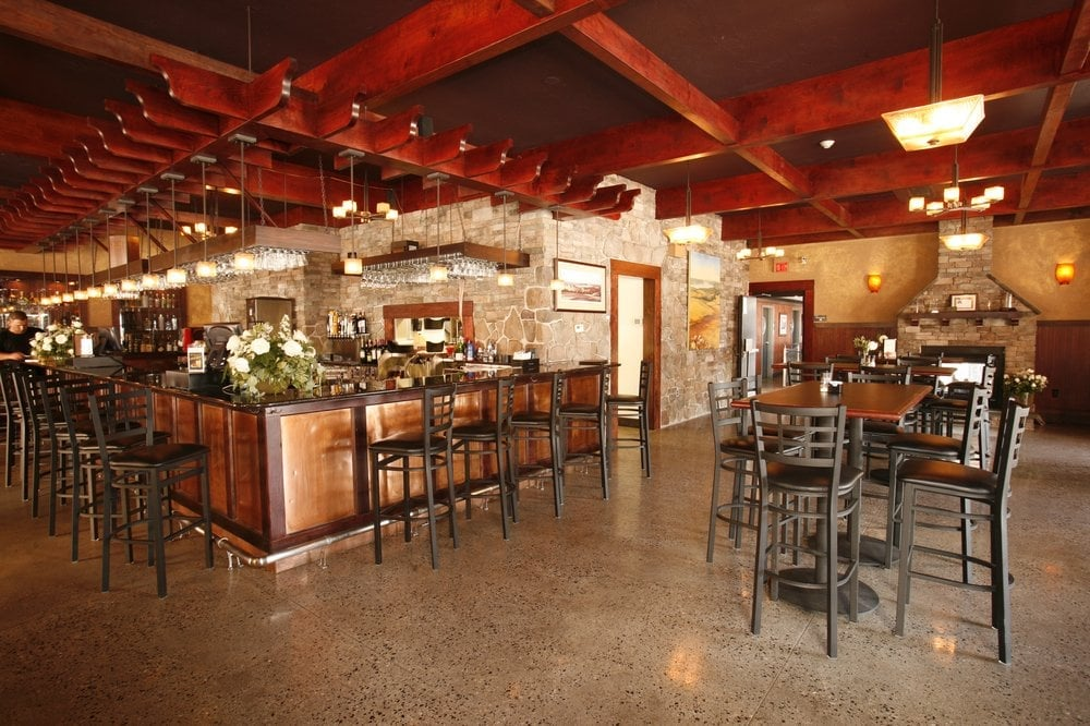 photos for white rose bar and grill