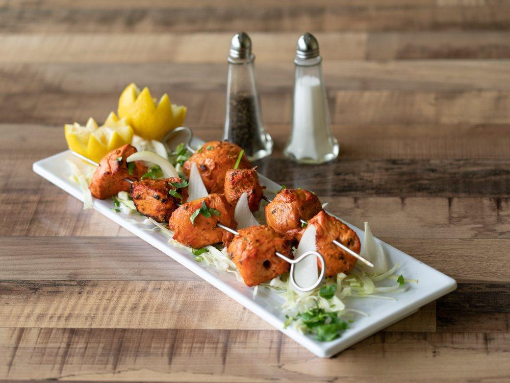 Rasoí - Indian Cuisine: 2100 S Prigmor Ave, Joplin, MO