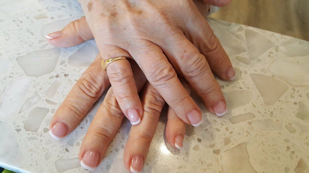 Nails Plus J & J: 215 Middle Neck Rd, Great Neck, NY