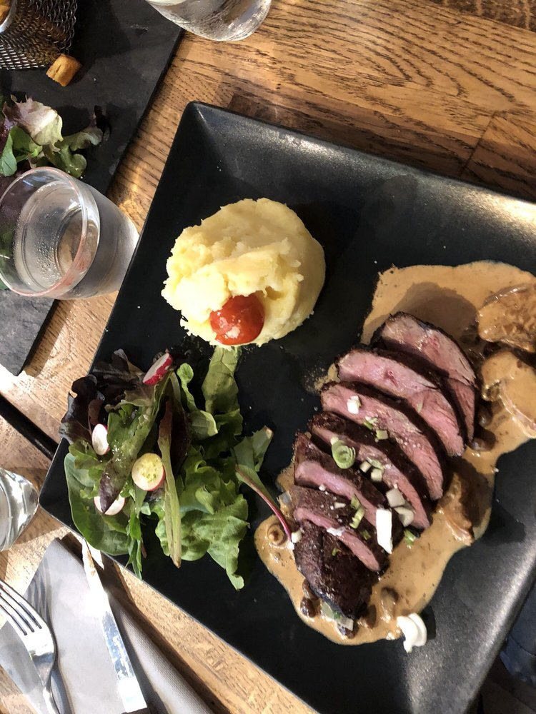 Photo of Le Porte Pot - Paris, France. roasted duck breast with an AMAZING