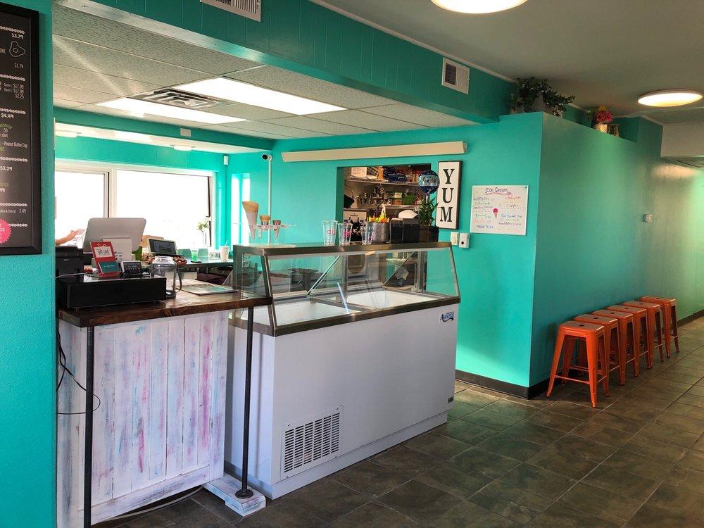 AJ's Soda Shop: 1625 1st Ave, Scottsbluff, NE