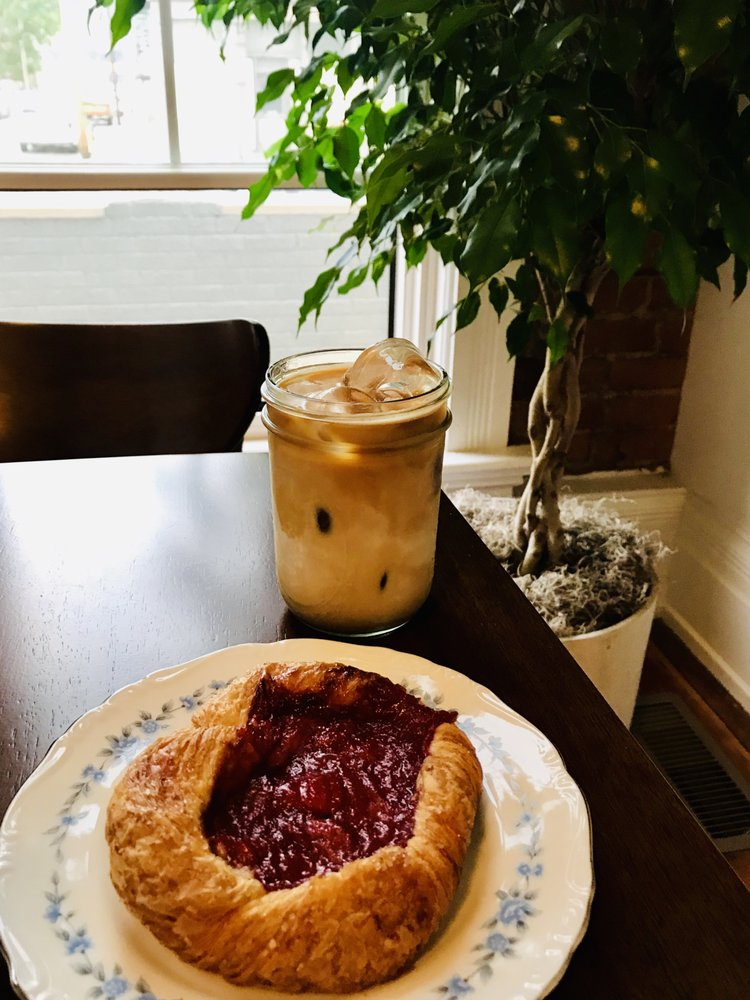 Mom 'n 'em Coffee & Wine: 3128 Colerain Ave, Cincinnati, OH