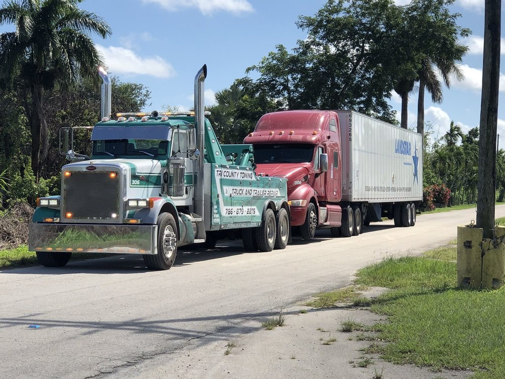 Tri County Truck and Trailer Repair: 8000 NW 74th St, Medley, FL