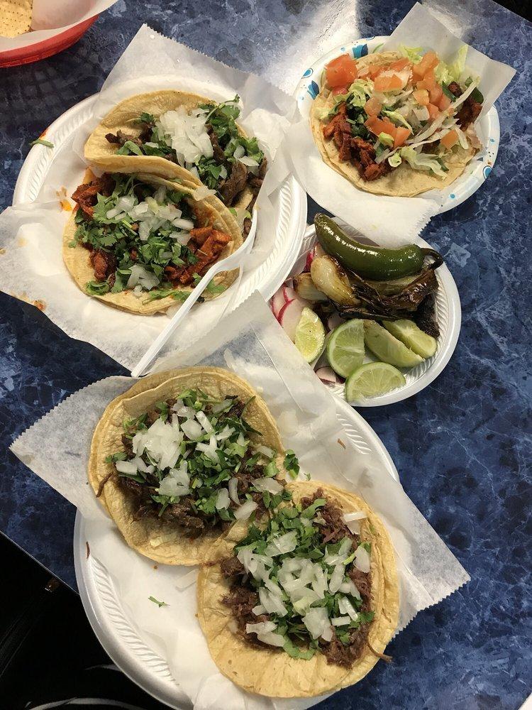 Food from Taco's El Caporal