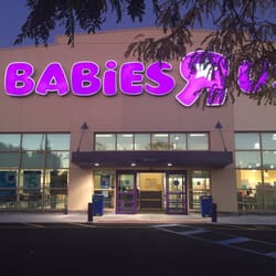 is baby r us still open