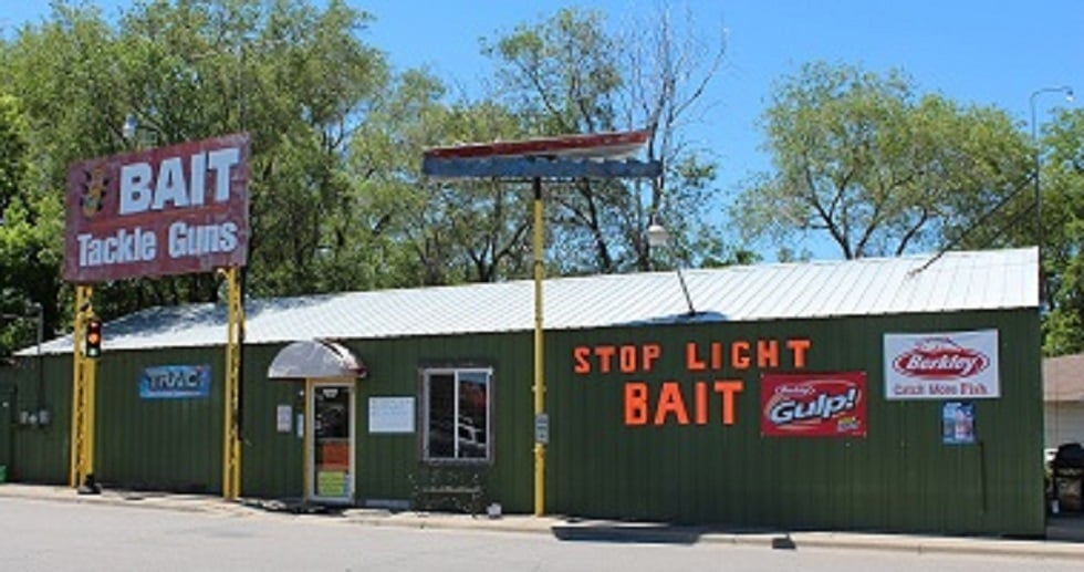 Stop Light Bait: 45 8th Ave SE, Saint Cloud, MN