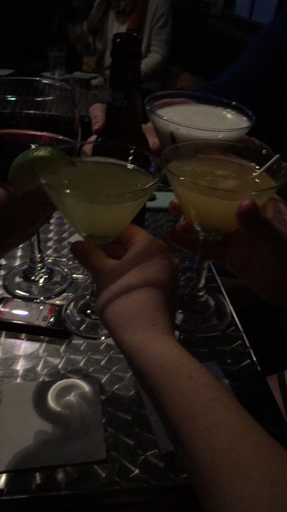 Martinis On The Bay: 4810 Central Ave, Hot Springs, AR