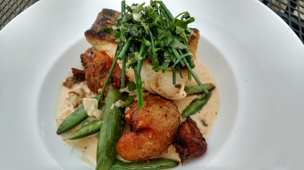 DISH at Dover Bay: 651 Lakeshore Ave, Sandpoint, ID